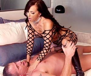 Catalina Cruz fucking hard cock in bed