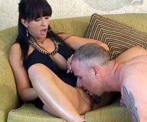 Catalina Cruz getting her pussy licked live