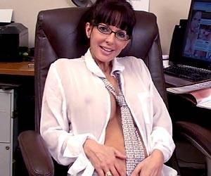 Naughty Catalina Cruz office masturbation live
