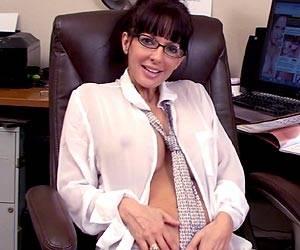 Naughty Catalina Cruz office masturbation live