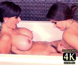 Valentina Nappi lesbian bath time with Catalina Cruz live
