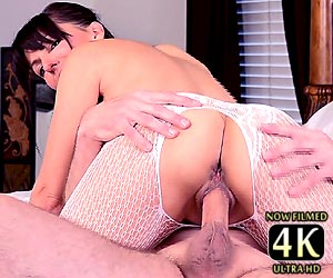 Catalina Cruz creamy pussy getting drilled with a hard cock live on cam