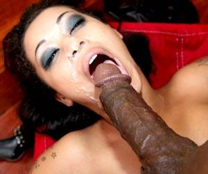 Skin Diamond sucking a big black dick