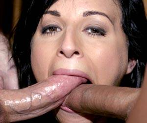 Avy Lee Roth face fucked with 2 big dicks