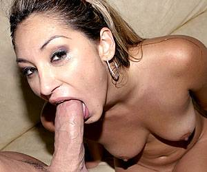 Roxy Jezel getting naked and blowing dick