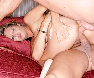Sophia Gently double penetration anal sex with 2 hard cocks