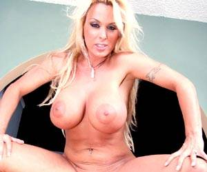 Holly Halston fucked by Stephanie Swift