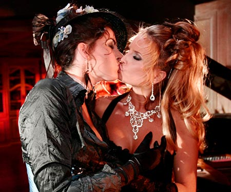 Angel Cassidy and Roxy Rush make out and caress lovingly