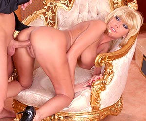 Nikki Blond jiggling big tits look so good as shes fucking a cock
