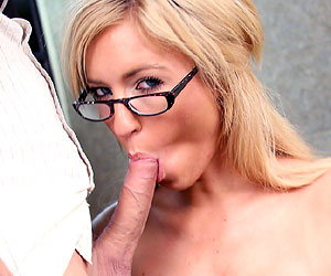 Victoria White face fucked and on her knees blowing cock
