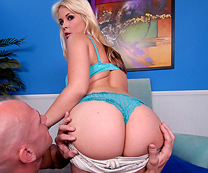 Sarah Vandella deepthroating a long cock while bouncing fat ass