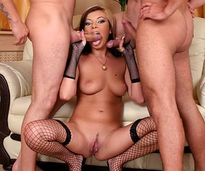 Donna Bell blowbanged with 3 large cocks in nylons