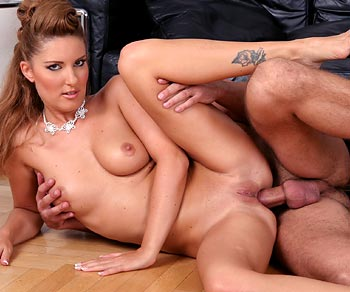 Jessica Girl ass drilled by porn stud Roly Reeves