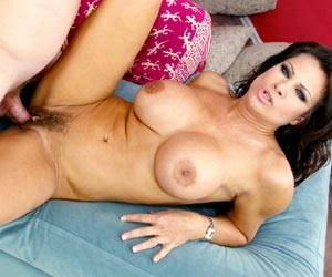 Teri Weigel hairy pussy getting fucked hard