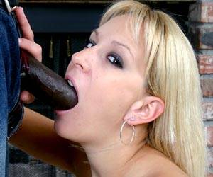 Blonde babe Erin Moore sucks a black cock
