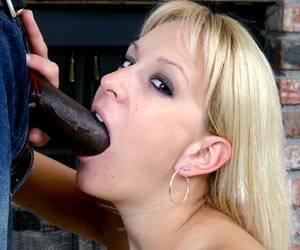 Blonde babe Erin Moore sucks a black cock