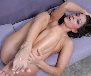 Ann Marie Rios getting her tender pussy licked