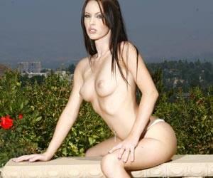 Jenna Presley talks dirty telling a sex story