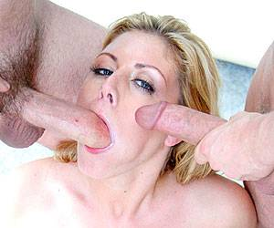 Velicity Von blowbang face fucked 5 cocks