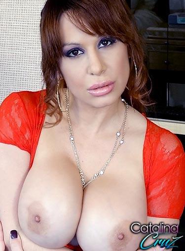 Big Pussy Lips Threesome